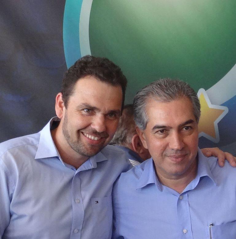 Ex-prefeito Juvenal Neto com o Governador Reinaldo Azambuja. Foto: Arquivo