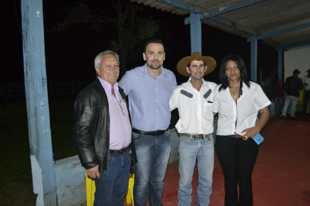 Posse do Novo Patrão Club de Laço Portão Quebrado